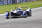 Tests Donington - Renault et DS en seamless, Piquet en laisse
