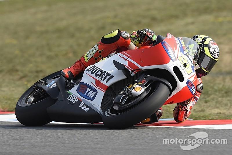 Falha no motor impede Iannone de lutar por pódio em Brno