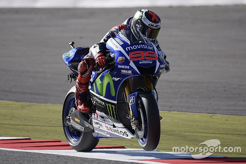 Silverstone MotoGP: Lorenzo remains on top, four tenths clear of Marquez