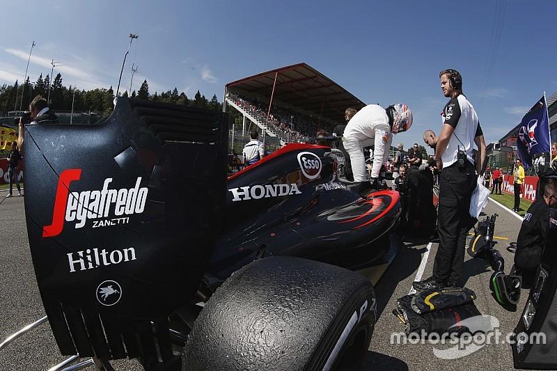 McLaren: ala scarica posteriore senza deviatori di flusso