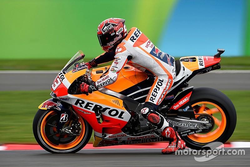 Márquez desea vencer a Lorenzo y Rossi