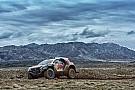 Sur la route du Dakar, Peugeot et Peterhansel s'imposent en Chine