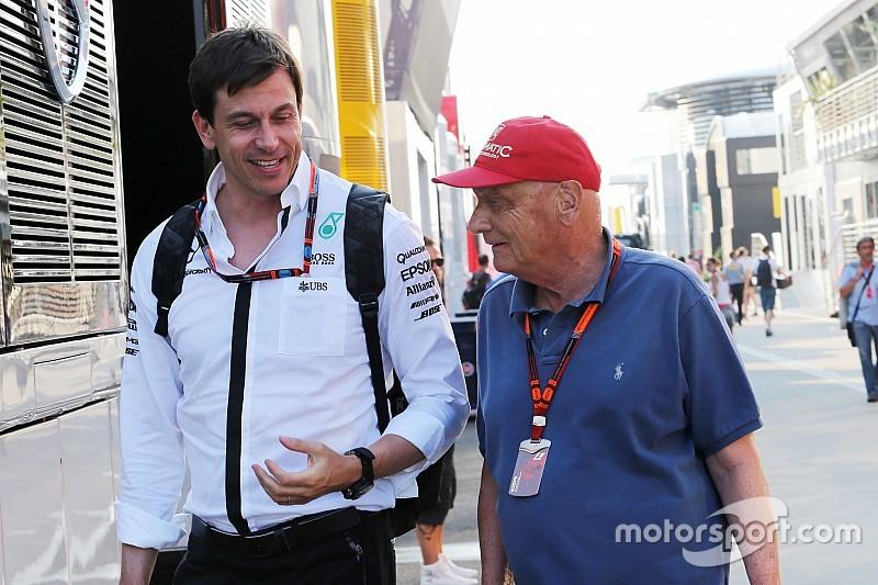Lauda clarifie ses propos sur Button et la situation Mercedes/Red Bull