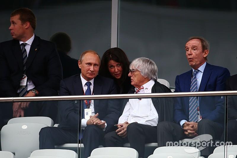 Ecclestone critica democracia e elogia Putin e Blatter