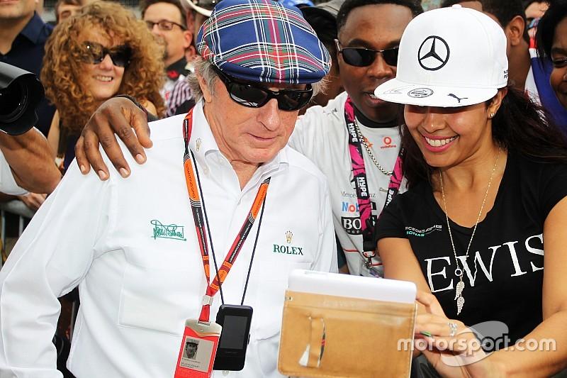 """""""Hamilton ainda não é um dos grandes da F1"""", diz Stewart"""