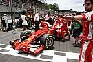 Vettel, em 3º, comemora:
