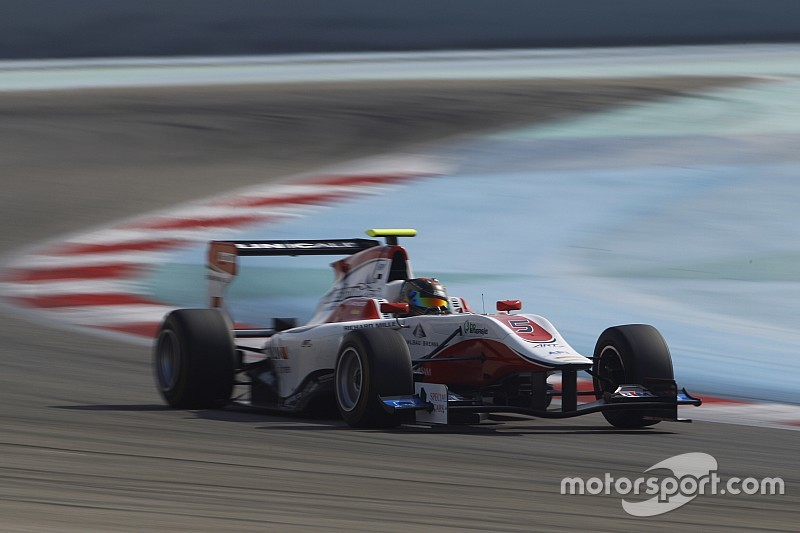 Kirchhofer verschalkt titelkandidaten in eerste GP3-race