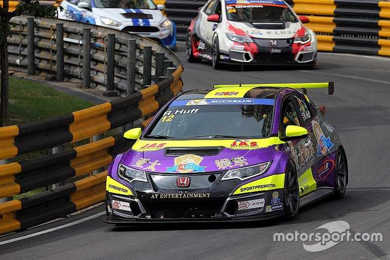 Pole Position perentoria di Rob Huff a Macao
