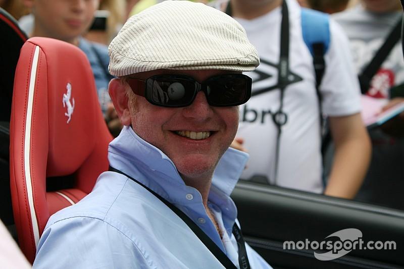 Chris Evans bevestigt: Top Gear keert in mei terug bij de BBC