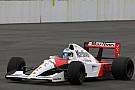 Alonso anda com McLaren do tri de Senna em evento no Japão