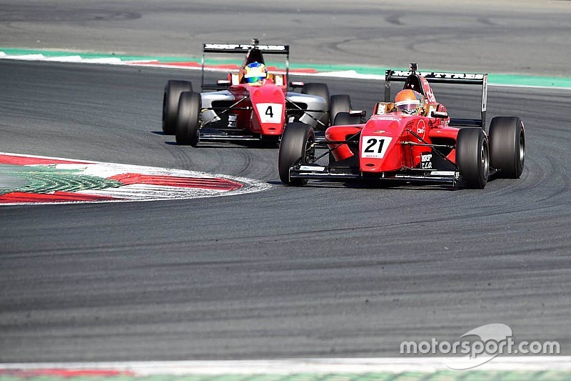 Dubai MRF Challenge: Fittipaldi wins final race, Newey disqualified