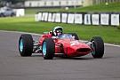 John Surtees honoré par la Reine d'Angleterre