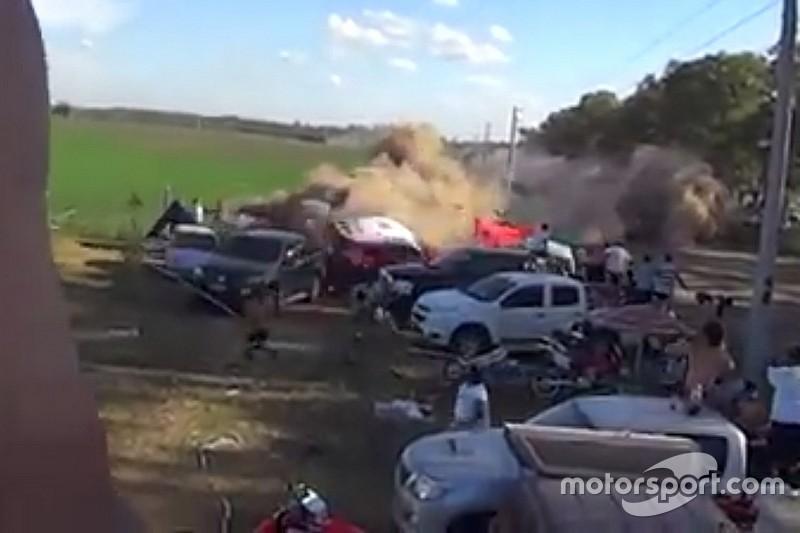 Espectador flagra acidente que deixou 11 feridos no Dakar