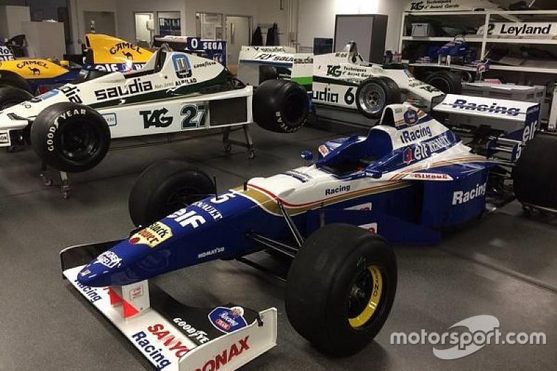 Momento nostalgia: Williams exibe carros antigos no Twitter