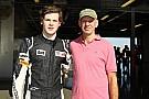 Adrian Newey enthousiast over 'goede start' van autosportcarrière zoon
