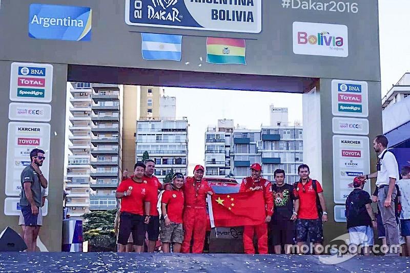 成绩不佳但目标达成 两中国车手完梦达喀尔