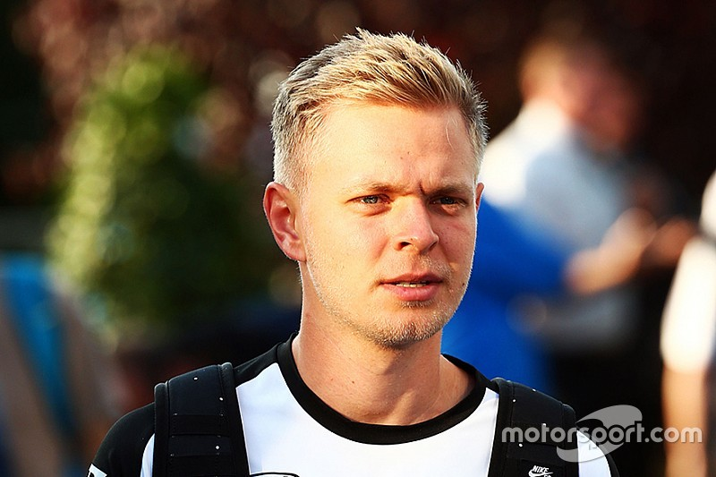Magnussen fue confirmado como piloto de Renault en la F1