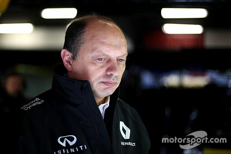 """Vasseur: """"La Renault ora cerca solo l'affidabilità"""""""