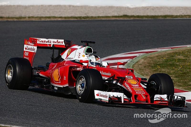 Феттель лидирует в последний тестовый день, у Mercedes – проблемы