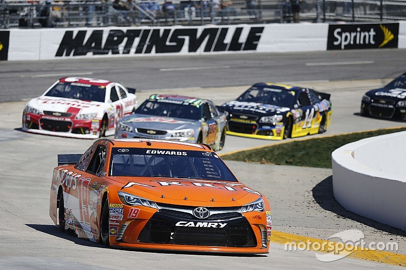 New crew chief could be key to ending Edwards' Martinsville troubles