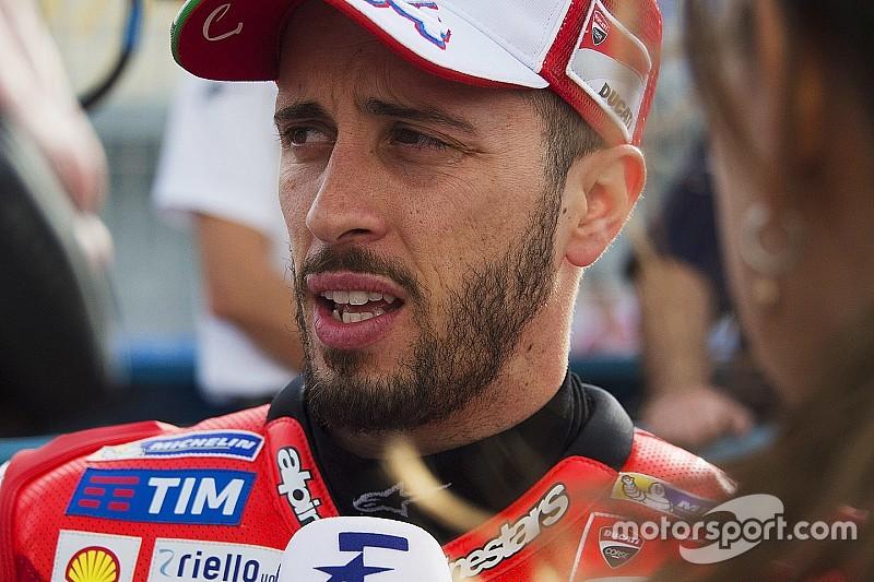 MotoGP Argentinië: Dovizioso verslaat Marquez in eerste training