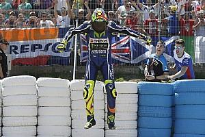MotoGP Artículo especial 'VR, ¡por la sigla de los siglos!', la columna de Ernest Riveras