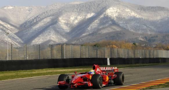 Avrupa F3 şampiyonuna Ferrari F1 aracıyla test şansı