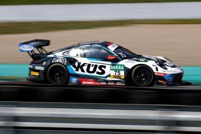 Testfahrten ADAC GT Masters 2021: Testbestzeit für Bernhard-Porsche