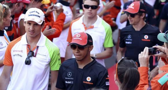Hamilton: Alonso'dan çok şey öğrendim