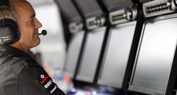 Whitmarsh: McLaren kendi performansına odaklanmalı