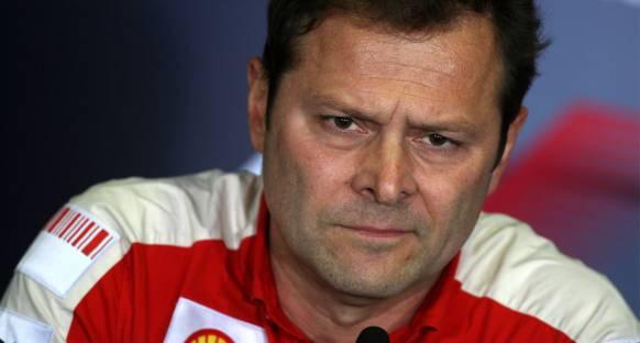 Aldo Costa Ferrari'den ayrıldı