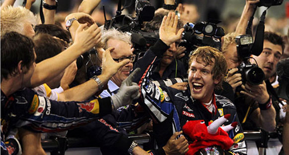 Coulthard: Vettel, Schumi ile aynı grupta