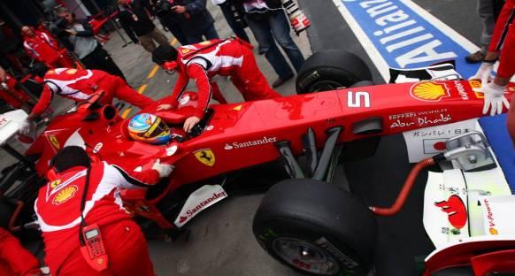 Melbourne, Ferrari'ye bol mu geldi?