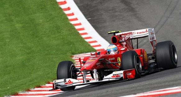 Ferrari şampiyonluk şansına inanıyor
