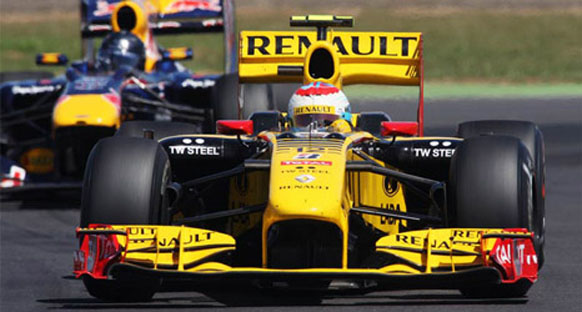 Boullier: 'Petrov 2011'i garantilemede kesinlikle doğru yolda'