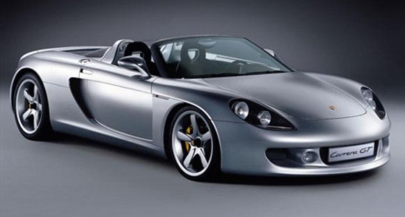 Hamilton'un babası 600,000 dolarlık ödünç Porsche Carrera GT ile kaza yaptı