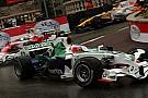 Barrichello, kazandığı puanların tadını çıkarıyor