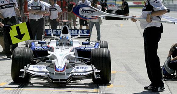 Alonso ve Heidfeld hakemlere şikayette bulundu