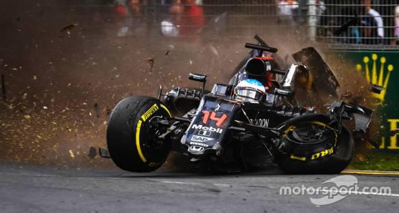 Alonso Bahreyn GP'si için yeni motora geçecek