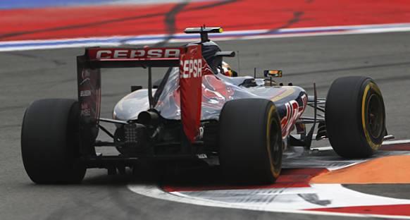 Marko Toro Rosso'nun Ferrari motoru kullanacağını doğruladı
