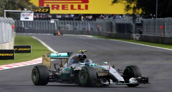 Son seansta Mercedesler ilk iki sırada