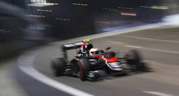 Button: Singapur'da Daha Hızlı Olmayı Bekliyordum
