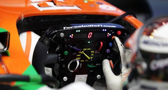 Monza'da Force India'nın Direksiyonu Çalındı