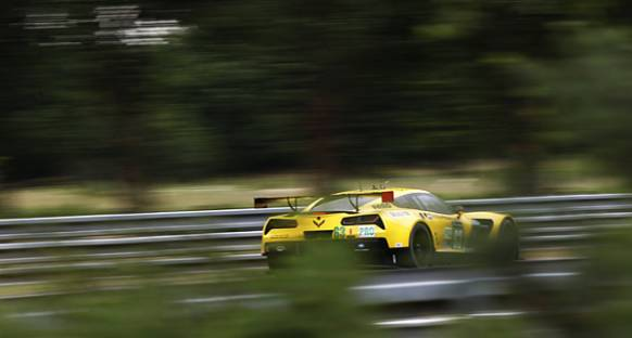 Magnussen'in kazasının ardından #63 Corvette yarıştan çekildi