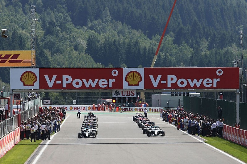 Аналіз: Чому Феттель і Ferrari ризикували в Спа?