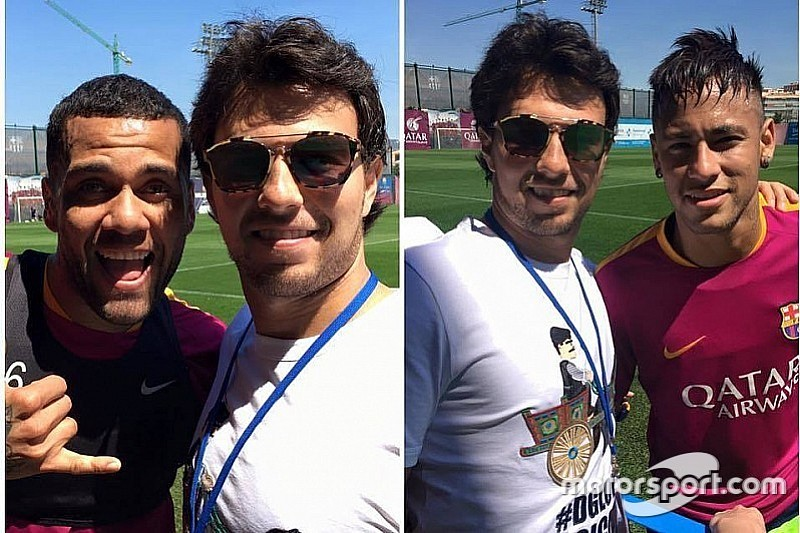 Perez tieta Neymar e Dani Alves em treino do Barcelona