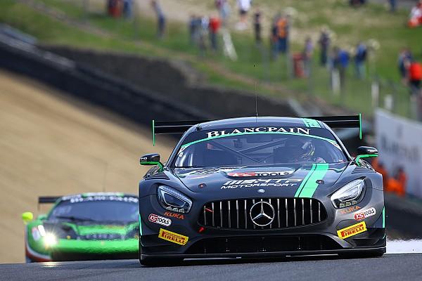 Schneider e Szymkowiak regalano alla Mercedes la vittoria in Qualifying Race