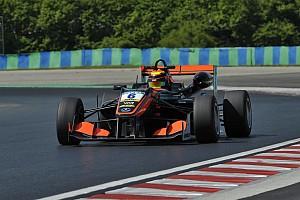 EUROF3 Prove libere Callum Ilott domina le prime due libere della F3 Europea a Pau