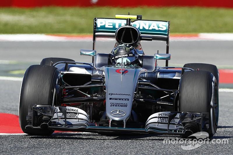 Susto y mejor tiempo para Rosberg en el FP3
