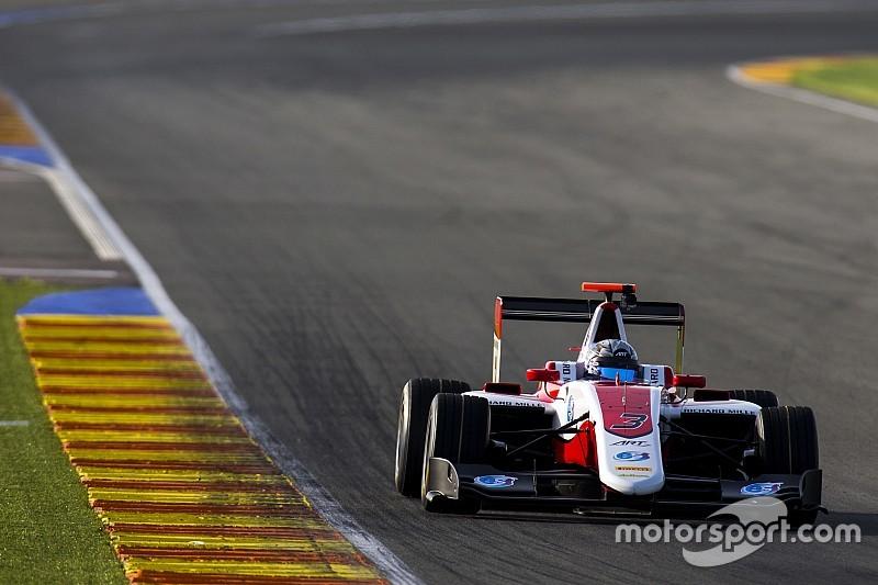 Alexander Albon comanda dall'inizio alla fine in Gara 2